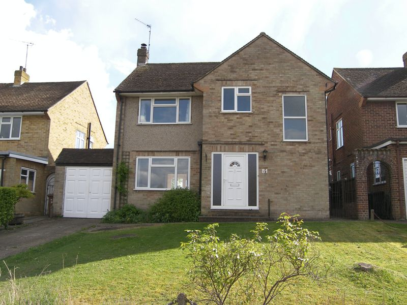 3 Bedrooms Detached House for sale in Bookham