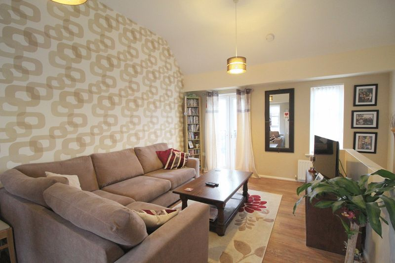2 Bedrooms Flat for sale in Reed Drive, Carlton Boulevard, Lincoln