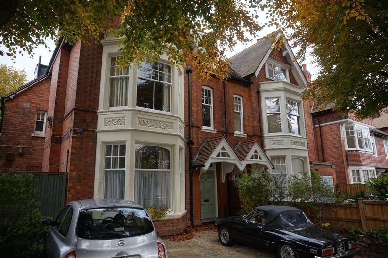 Oxford Road, Moseley, Birmingham, B13 9E...