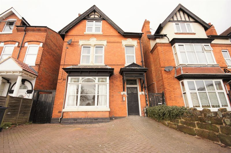 2 Bedrooms Flat for sale in Showell Green Lane, Sparkhill - ONE/TWO BEDROOM GROUND FLOOR CONVERTED FLAT WITH NO CHAIN!!!