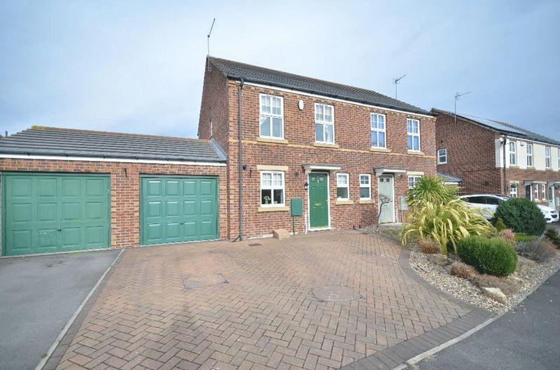 2 Bedrooms Semi Detached House for sale in Hunstanton, East Shore Village, Seaham