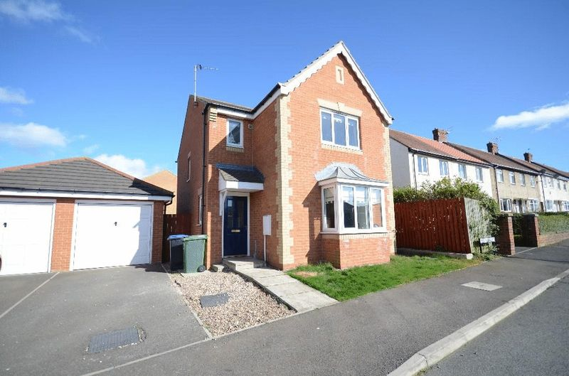 3 Bedrooms Detached House for sale in Almond Way, Seaham