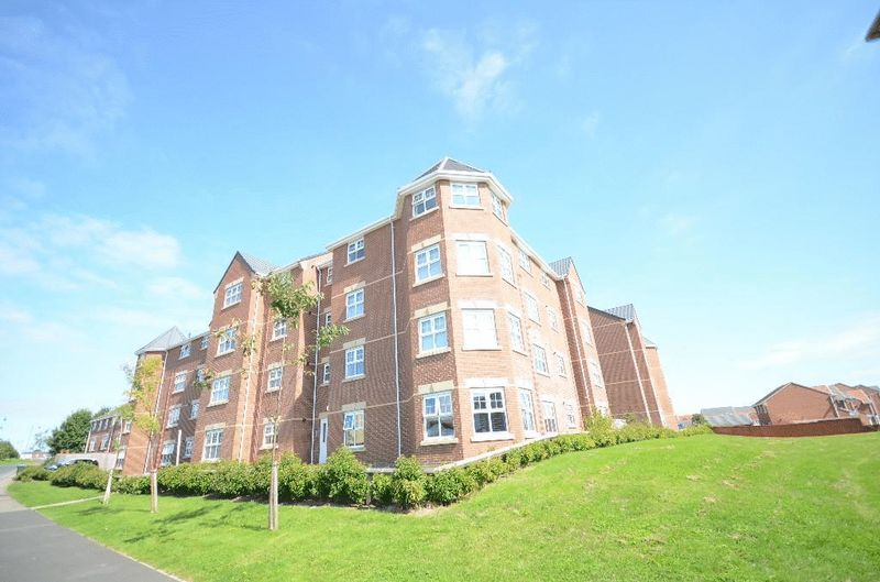 2 Bedrooms Flat for sale in Dreswick Court, Seaham