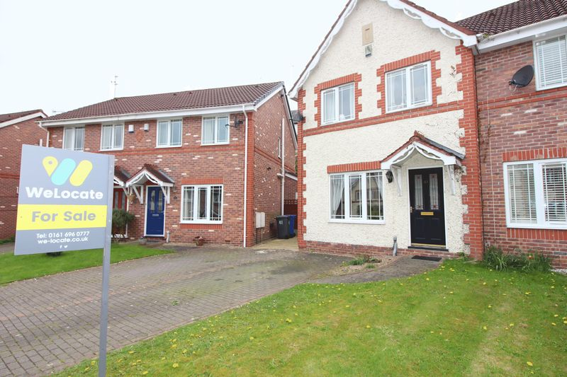 3 Bedrooms House for sale in Border Brook Lane, Boothstown, Manchester M28
