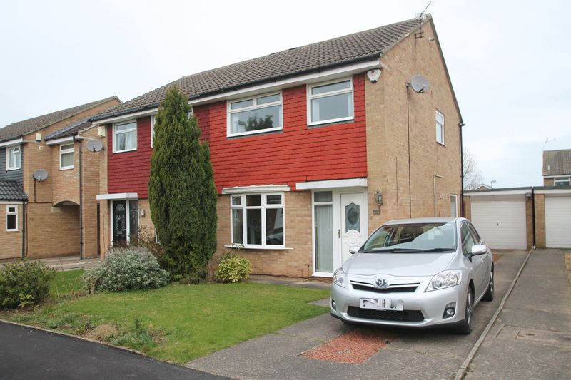3 Bedrooms Semi Detached House for sale in Malltraeth Sands, Acklam