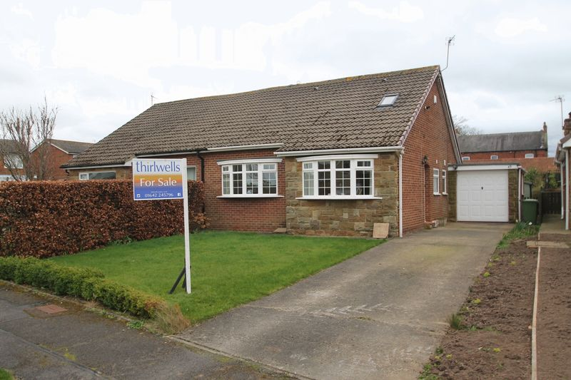 2 Bedrooms Semi Detached Bungalow for sale in Falcon Walk, Yarm