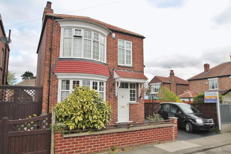 3 Bedrooms Detached House for sale in Briarvale Avenue, Linthorpe