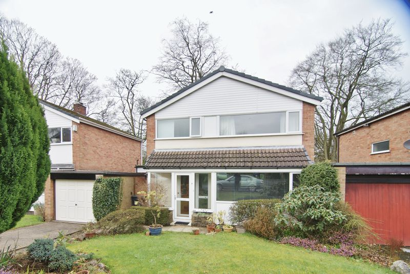 3 Bedrooms Detached House for sale in The Friars, Preston, PR2 8LB