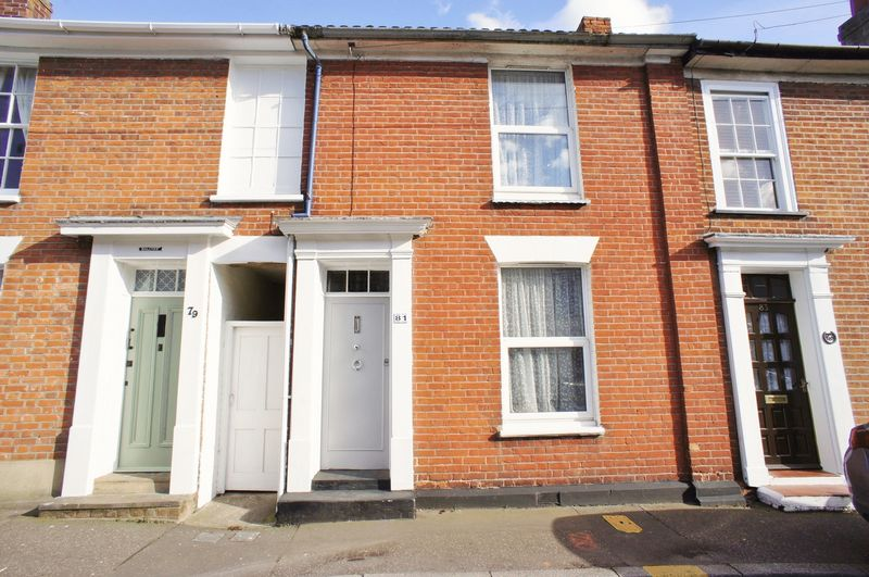 3 Bedrooms Semi Detached House for sale in New Street Brightlingsea