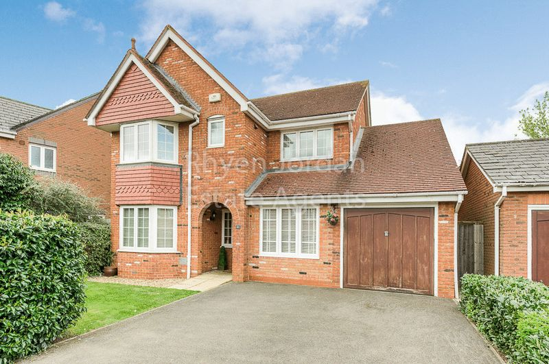 4 Bedrooms Detached House for sale in Monmouth Grove, Milton Keynes