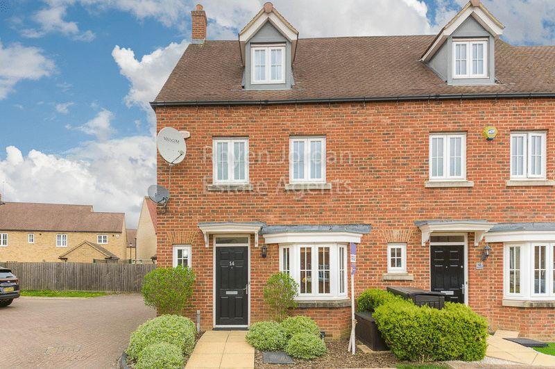 4 Bedrooms Terraced House for sale in Ripley Close, Kingsmead, Milton Keynes
