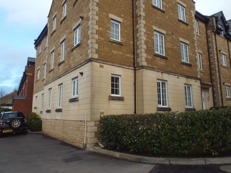 Louise Rayner Place, Chippenham, SN15