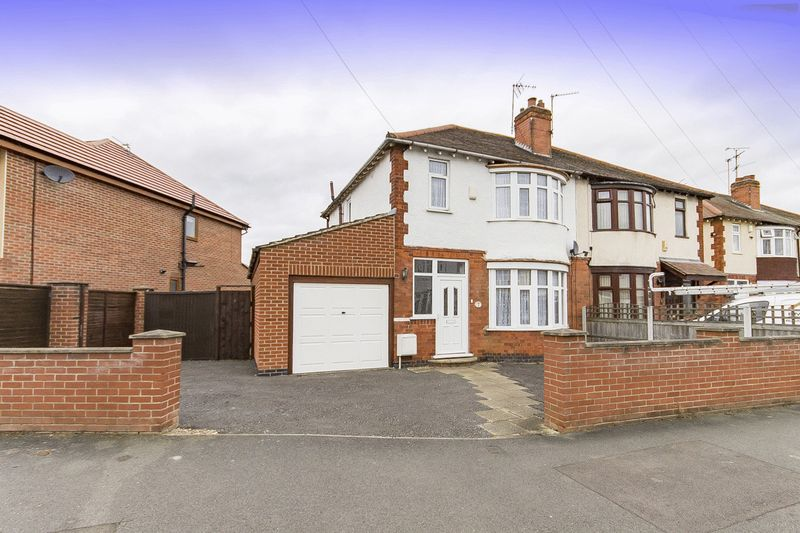 3 Bedrooms Semi Detached House for sale in WALDORF CLOSE, ALVASTON