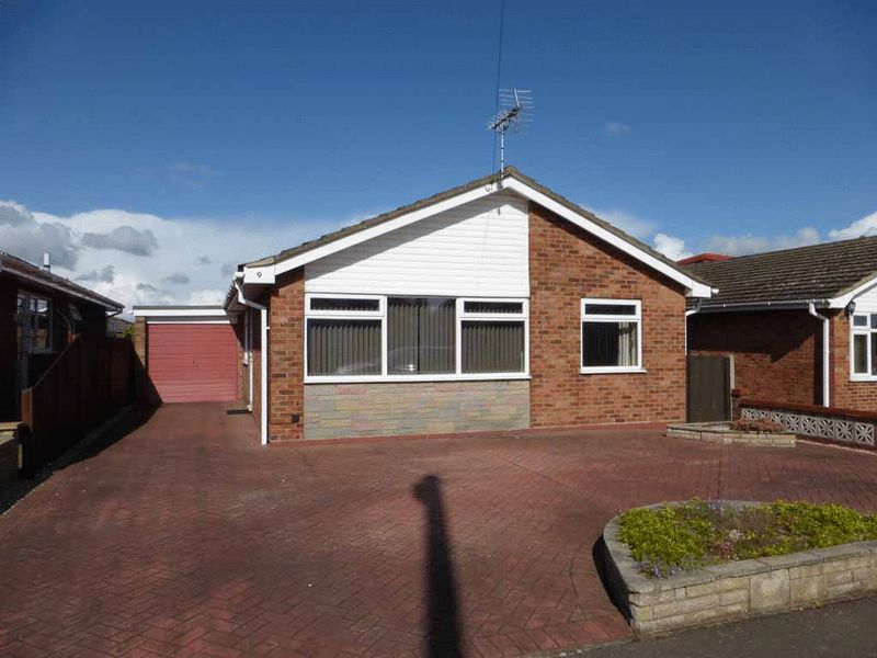 3 Bedrooms Detached Bungalow for sale in Bradwell