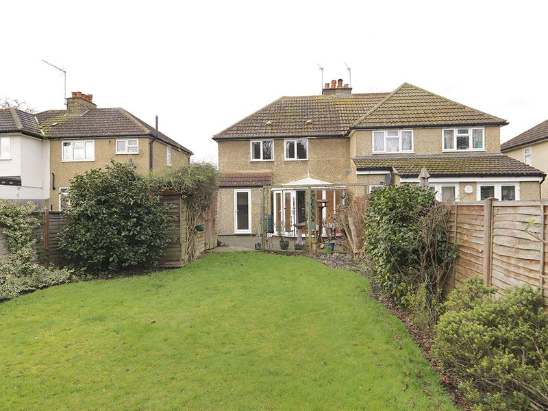 3 Bedrooms Semi Detached House for sale in Ewell Road, Surbiton, KT6