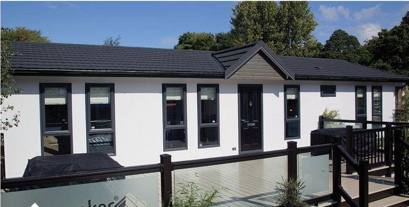 2 Bedrooms Detached Bungalow for sale in Blackhouse Lane, North Boarhunt