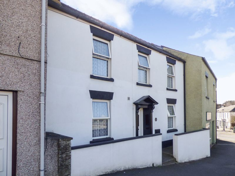 3 Bedrooms Terraced House for sale in Sparrow Hill, GL16 8AS