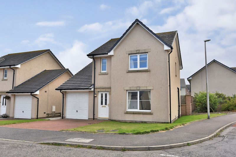 4 Bedrooms Detached House for sale in Eskywell Place, Portlethen, AB12 4PD
