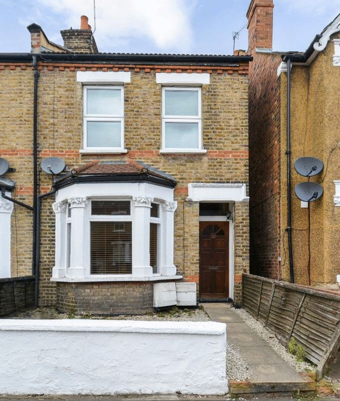 1 Bedroom Flat for sale in Darwin Road, Ealing, London W5 4BB