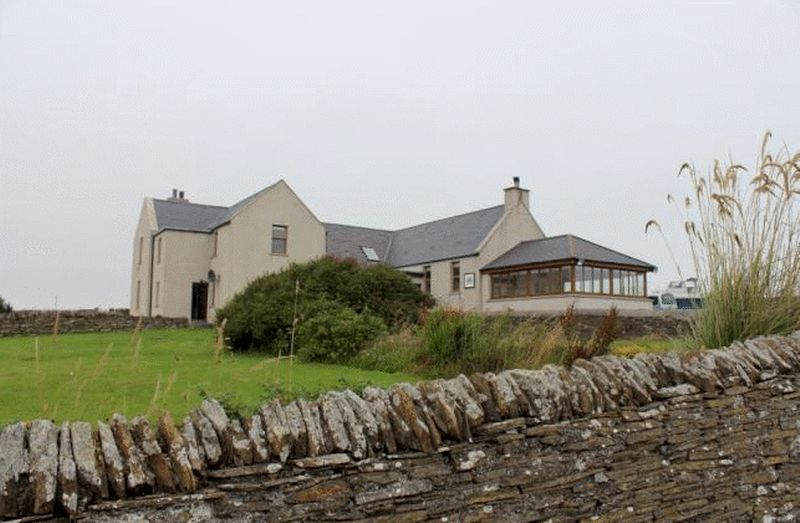 7 Bedrooms Detached House for sale in Longhope, South Walls, Orkney