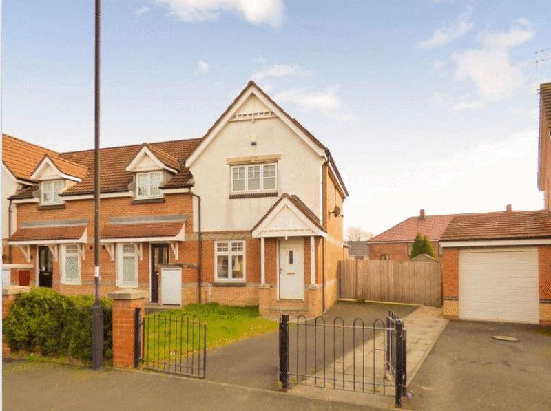 2 Bedrooms Semi Detached House for sale in Oakham Gardens, NE29 7QG