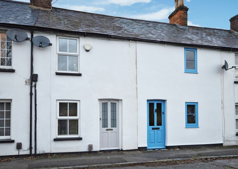 2 Bedrooms Terraced House for sale in Wendover