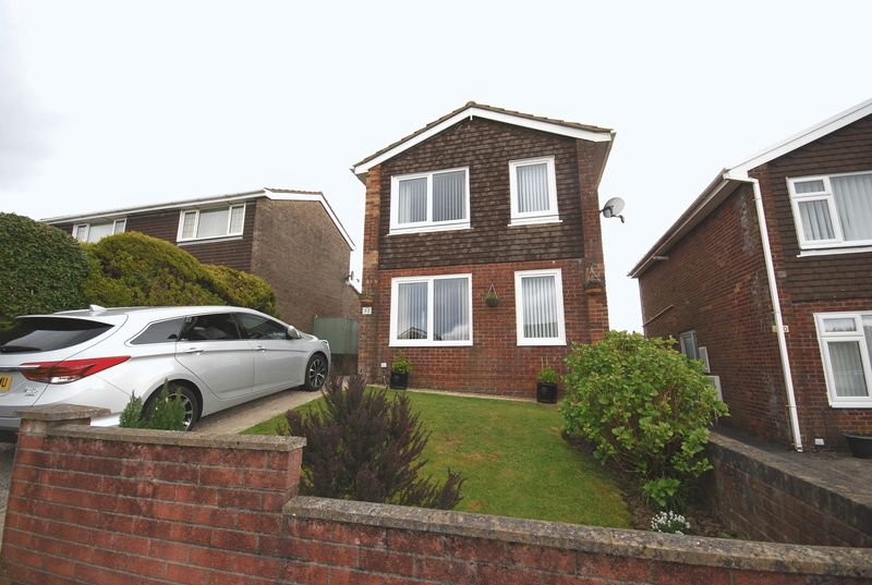 3 Bedrooms Detached House for sale in 52 Greenwood Drive, Cimla, Neath, SA11 2BW