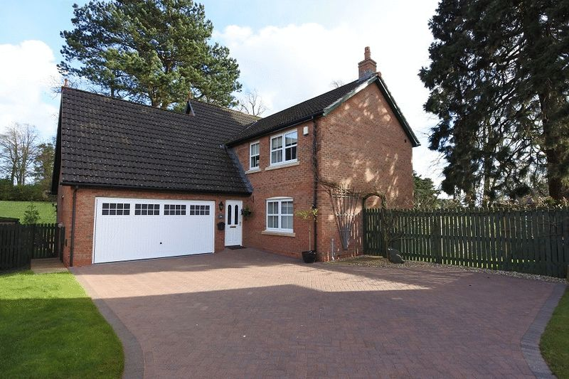4 Bedrooms Detached House for sale in Cherry Lane, Carlisle