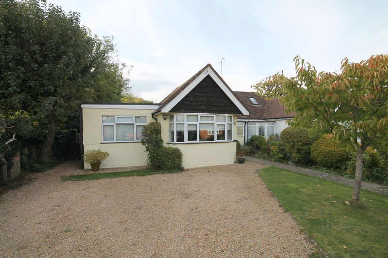 2 Bedrooms Semi Detached Bungalow for sale in Ockley Lane, Keymer, West Sussex,