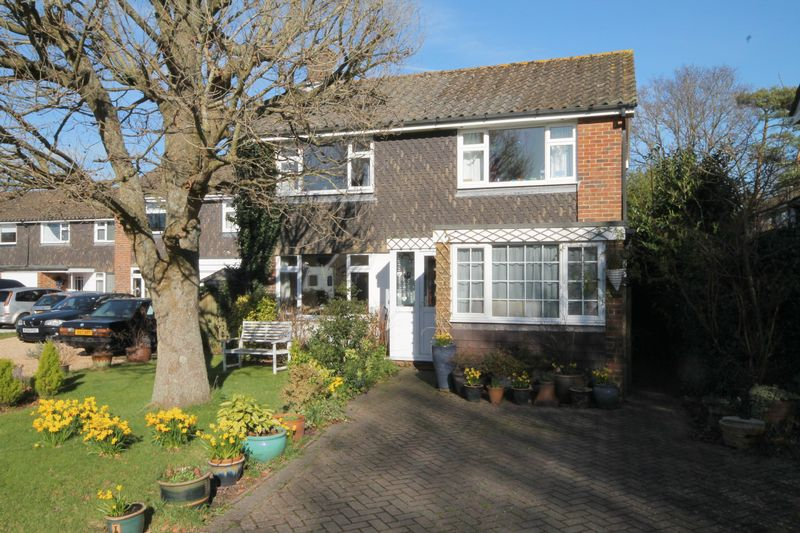 3 Bedrooms Detached House for sale in Fir Tree Way, Hassocks, West Sussex,