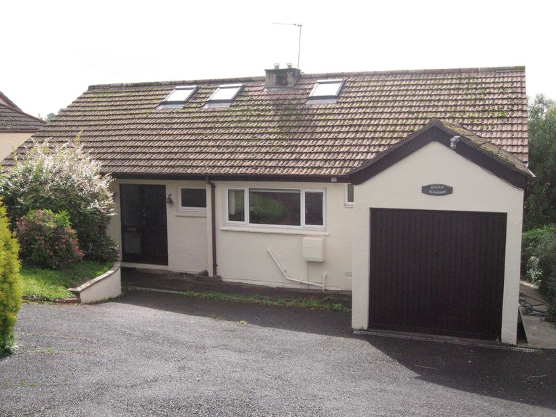 5 Bedrooms Detached Bungalow for sale in Higher Westonfields, Totnes