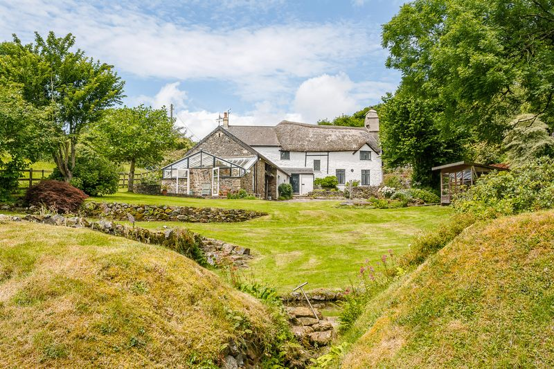 3 Bedrooms Detached House for sale in Holne, Dartmoor