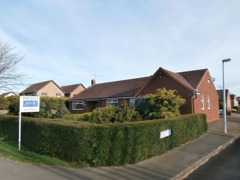 4 Bedrooms Detached Bungalow for sale in Hull Road, Hedon,