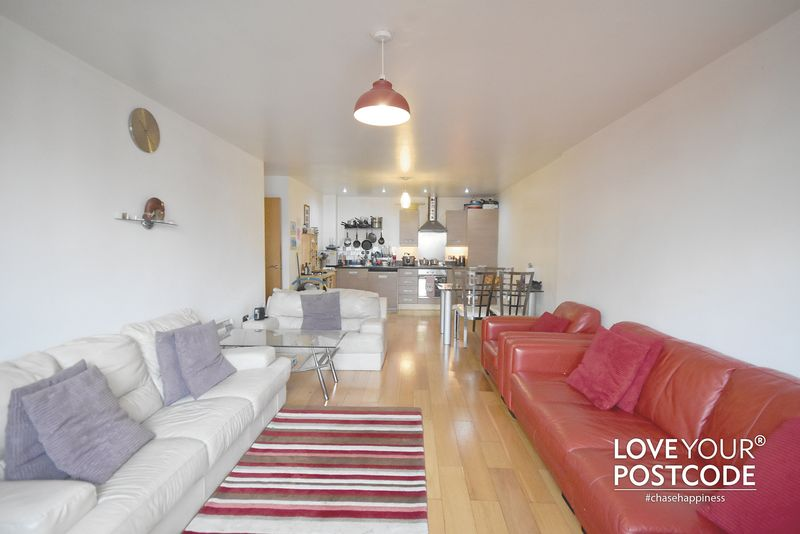 2 Bedrooms Flat for sale in Galileo, 40 Ryland Street, Birmingham City Centre, B16 8BS