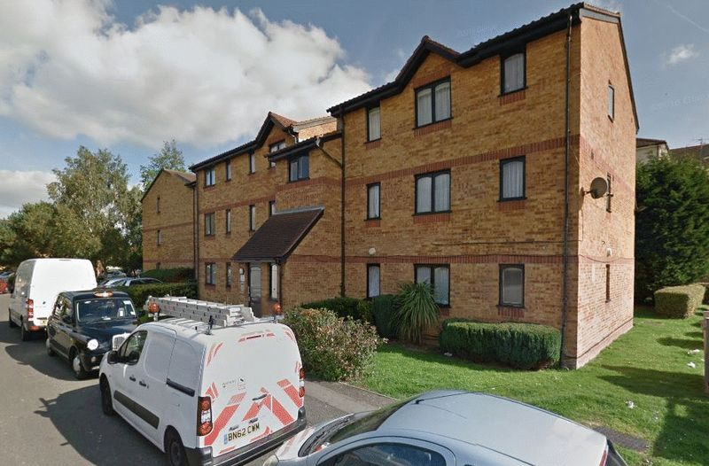 Flat for sale in Celadon Close, Enfield