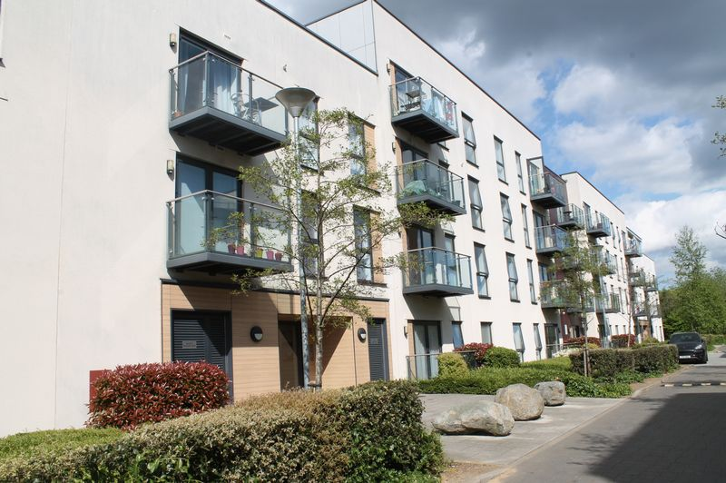 1 Bedroom Flat for sale in Lyell House, Magnetic Crescent, Enfield
