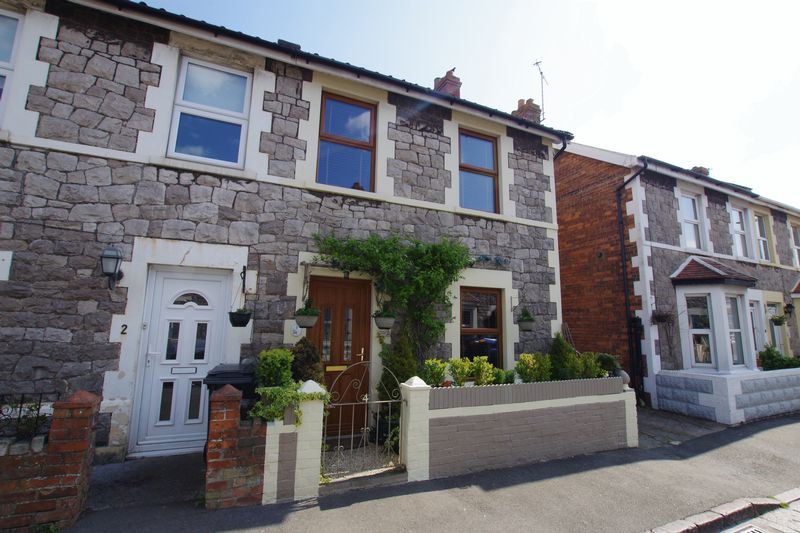 3 Bedrooms Semi Detached House for sale in MILTON
