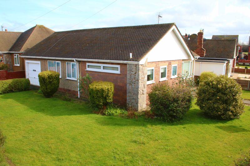 3 Bedrooms Detached Bungalow for sale in Glyn Avenue, Rhuddlan