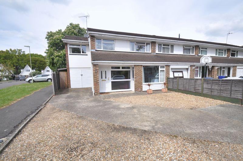 4 Bedrooms House for sale in Willowford, Yateley