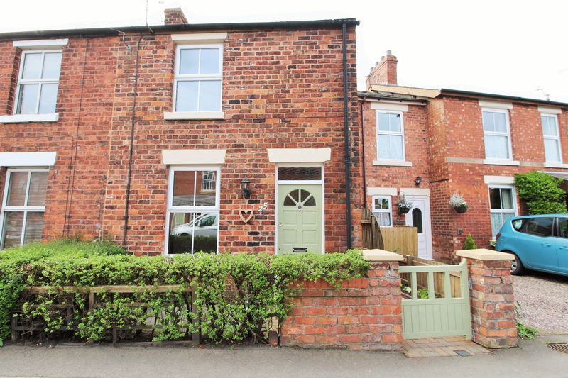 2 Bedrooms Semi Detached House for sale in South Road, Bretherton, Leyland