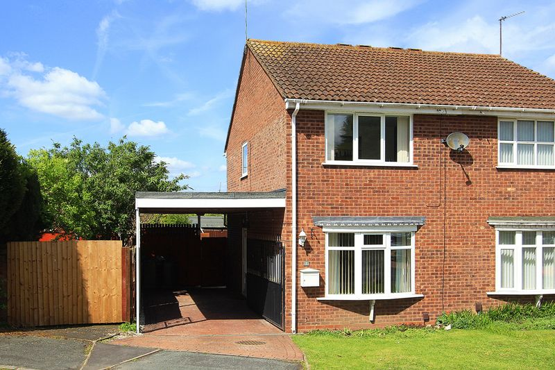 2 Bedrooms Semi Detached House for sale in PENDEFORD, Marholm Close