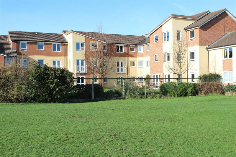 1 Bedroom Retirement Property for sale in Station Road, Worle