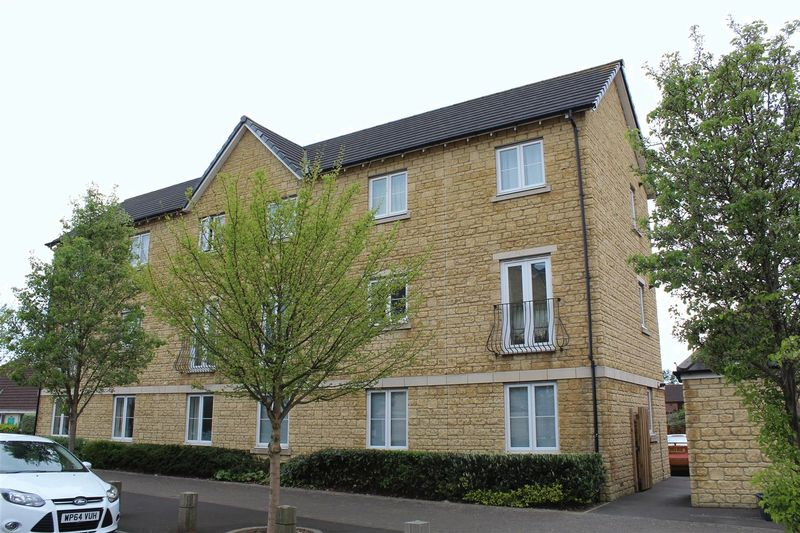2 Bedrooms Flat for sale in Carousel Lane, Weston-Super-Mare