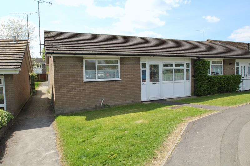1 Bedroom Bungalow for sale in Hazlemere
