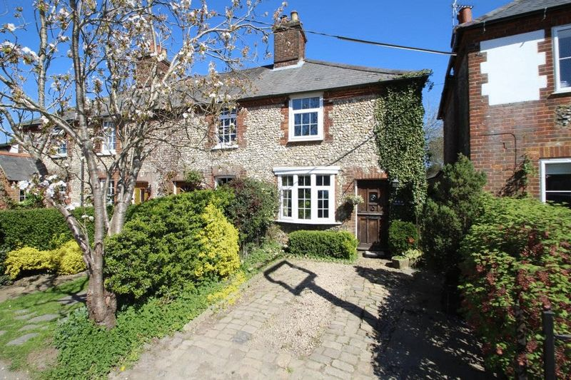 2 Bedrooms House for sale in Widmer End