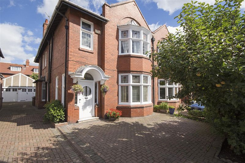 5 Bedrooms Semi Detached House for sale in Osborne Road, Newcastle Upon Tyne