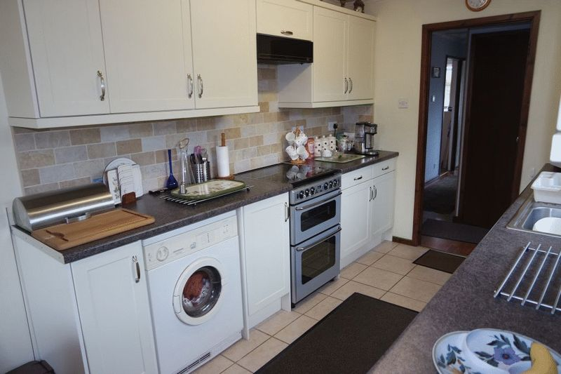 Poplar Close, Blythe Bridge, Stoke-On-Tr...