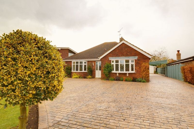 3 Bedrooms Detached Bungalow for sale in Messingham Lane, Scawby