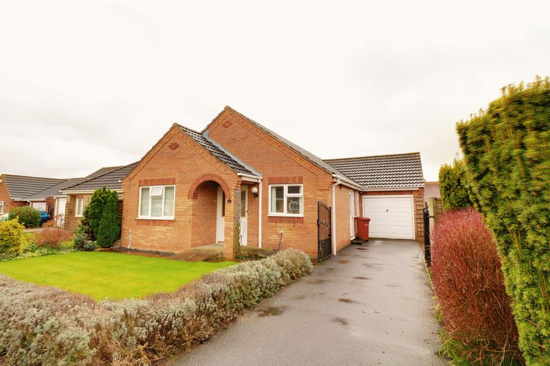 3 Bedrooms Detached Bungalow for sale in Barley Close, Hibaldstow
