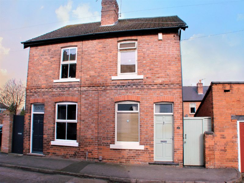 2 Bedrooms Semi Detached House for sale in Nursery Road, Radcliffe-on-Trent